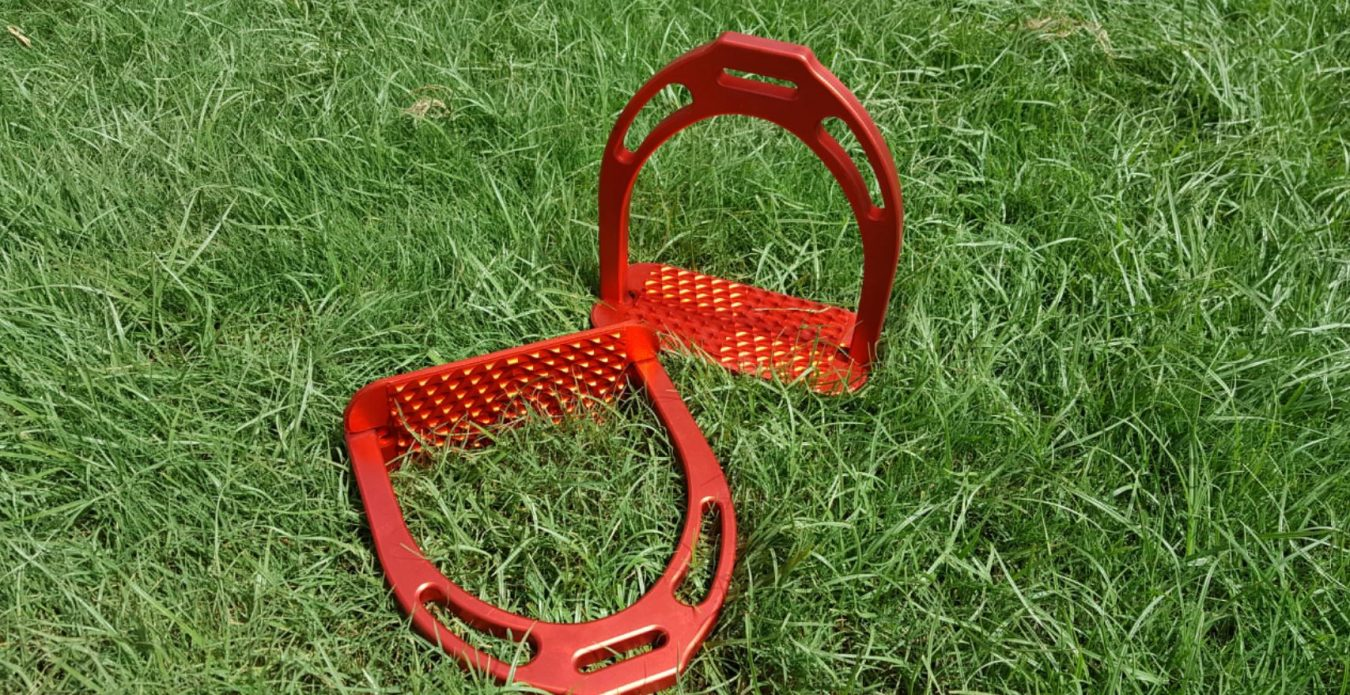 red anodize jine stirrups